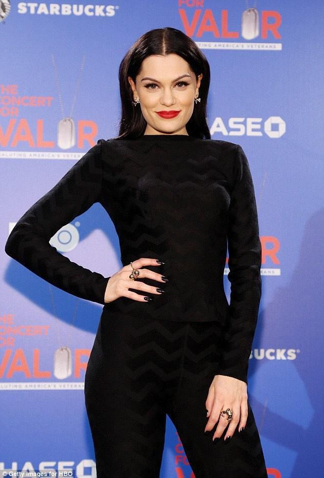Need loads of RTs for this #MTVStars Jessie J http://t.co/JpGlN7JEyA