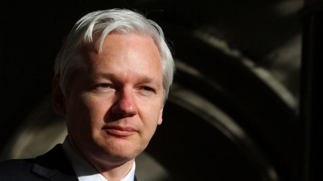 Assange adelanta que #WikiLeaks prepara nueva #filtración de datos secretos http://t.co/Y4EeaUdlPt http://t.co/5HqpmBqz45