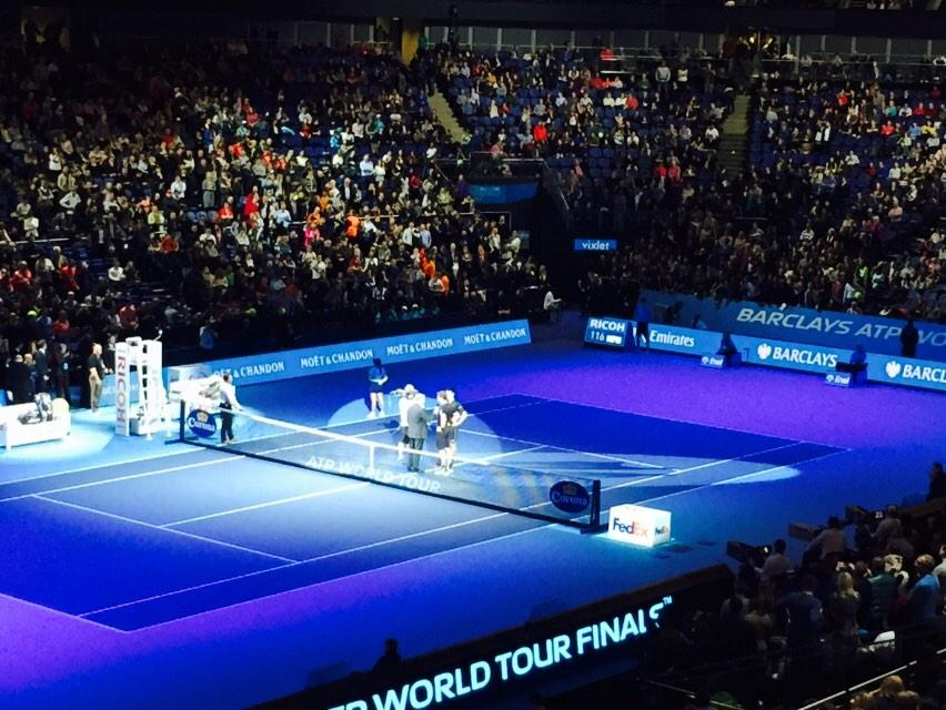 "Murray loses 8-5 to Djokovic, tells the crowd: ""I have to apologise, I obviously pushed Roger so hard on Thursday..."" http://t.co/VIoHB5fh1k"