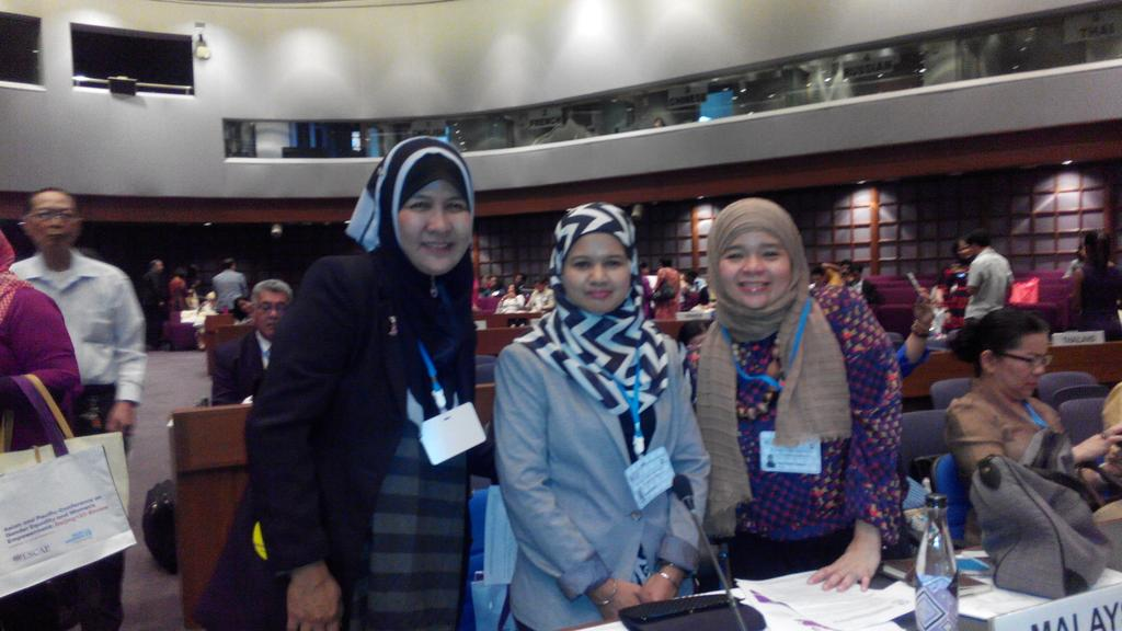 Here to lobby key issues from ICWAP  of WLHIV to my Malaysia Government representative   #ICW Global #Beijing20 http://t.co/AuuHgE9G5z