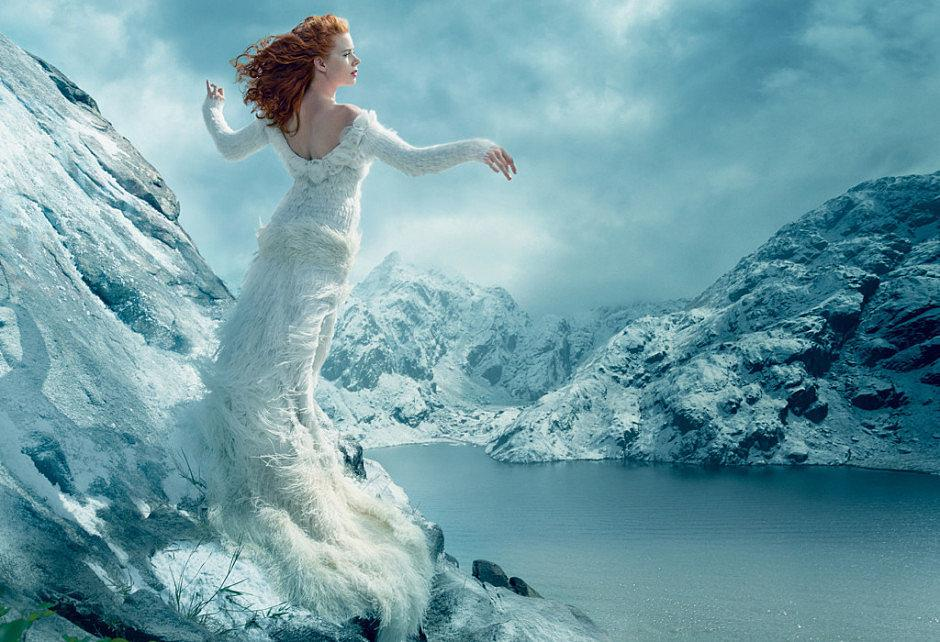 #amyadams's very first @voguemagazine cover is drop dead gorgeous: http://t.co/ibYyhALkqT http://t.co/z7tWtnrAeL