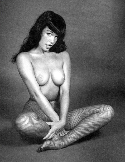 RT @BettiePageToys: RT if you love #fishnet! @BettiePage #topless #retro #nude #vintage #burlesque #boobs