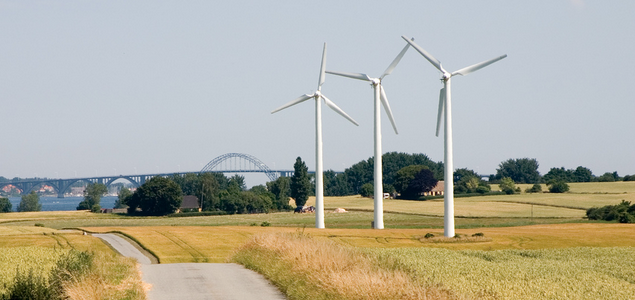 Denmark Sets 100% Renewable Energy Goal for 2050: http://t.co/McgzMQsgQh http://t.co/V2LEnnmPq8
