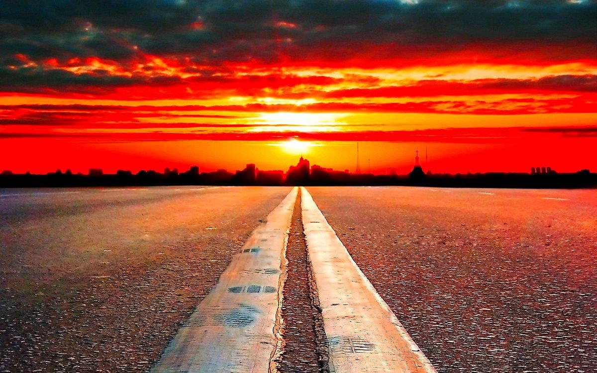 RT @isobelrss: No te desvíes. No te detengas. Éste es el camino que lleva #Horizonte. http://t.co/pe41aNjpAE