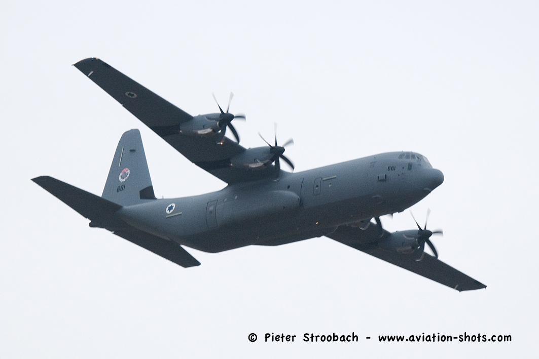 القوات الجويه الاسرائيليه تستلم اول طائرة نقل super Hercules C-130J B2qaHD2IQAABWdA