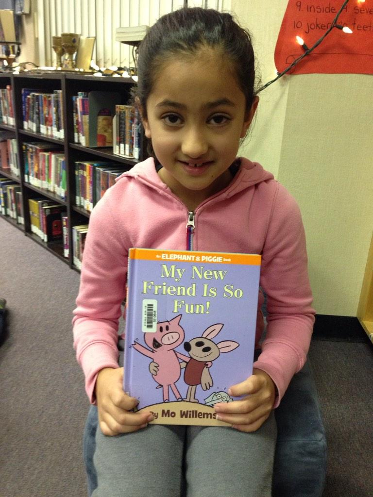 My New Friend is So Fun is a spectacular book. I think Gerald is friendly. TT #gvlearn @The_Pigeon http://t.co/8UkVVImpp3