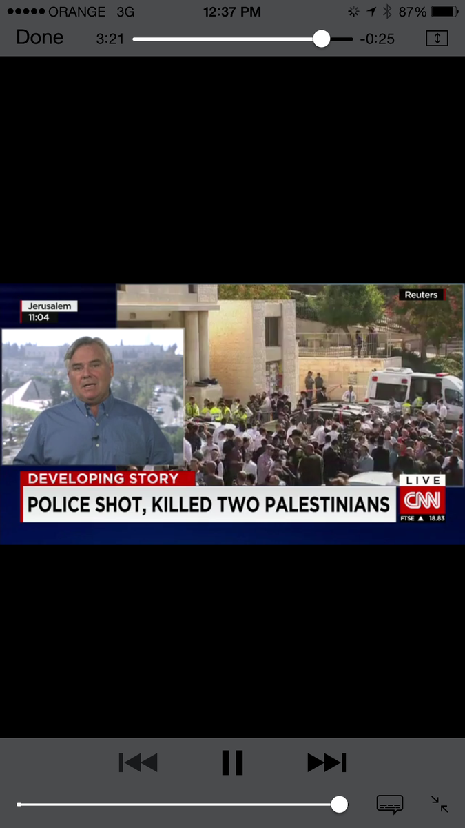 2 Palestinian terrorists enter synagogue, butcher people with axes. Police respond. I present to u the CNN headline! http://t.co/zRDjGNCMJM