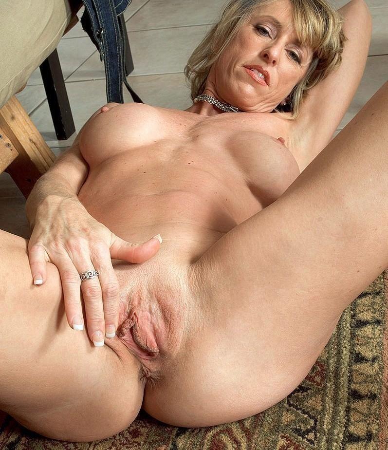 marie louise parker sex scenes