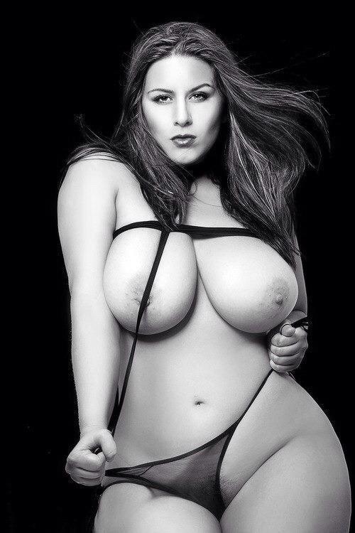 фото пухлых голых женщин