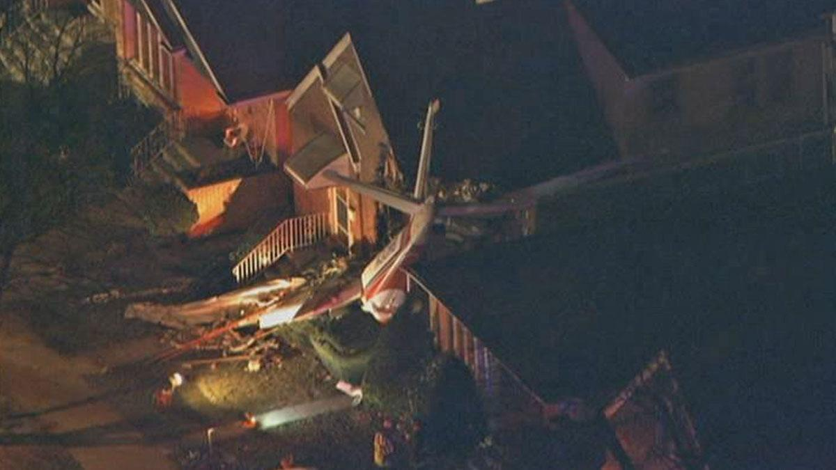 Developing: 2 residents OK, pilot unaccounted for after plane crashes into home near #MDW http://t.co/RCc0vfeAuK http://t.co/9PqShWKOWC