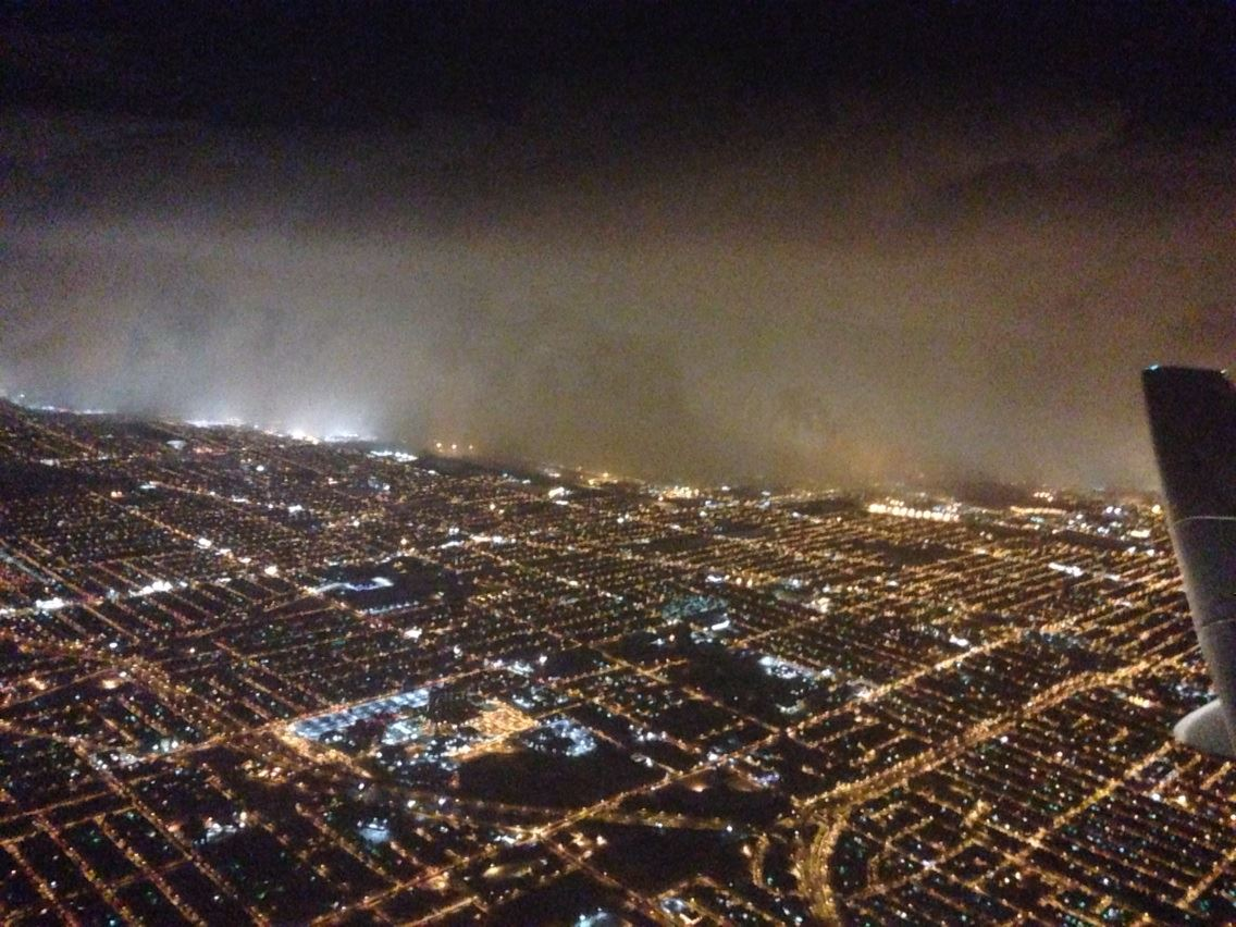 Here's a look at what the Lake Effect Snow band looks like from the sky. http://t.co/LttbOLTRpR http://t.co/8zkweWC6ZM