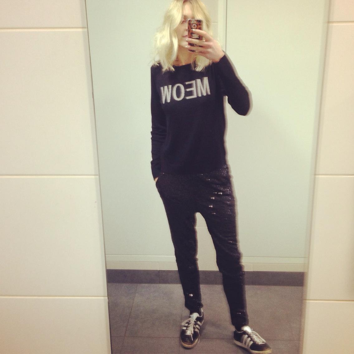 A sequin joggers kind of day #MEOW @verynetwork http://t.co/pnclICTWHl