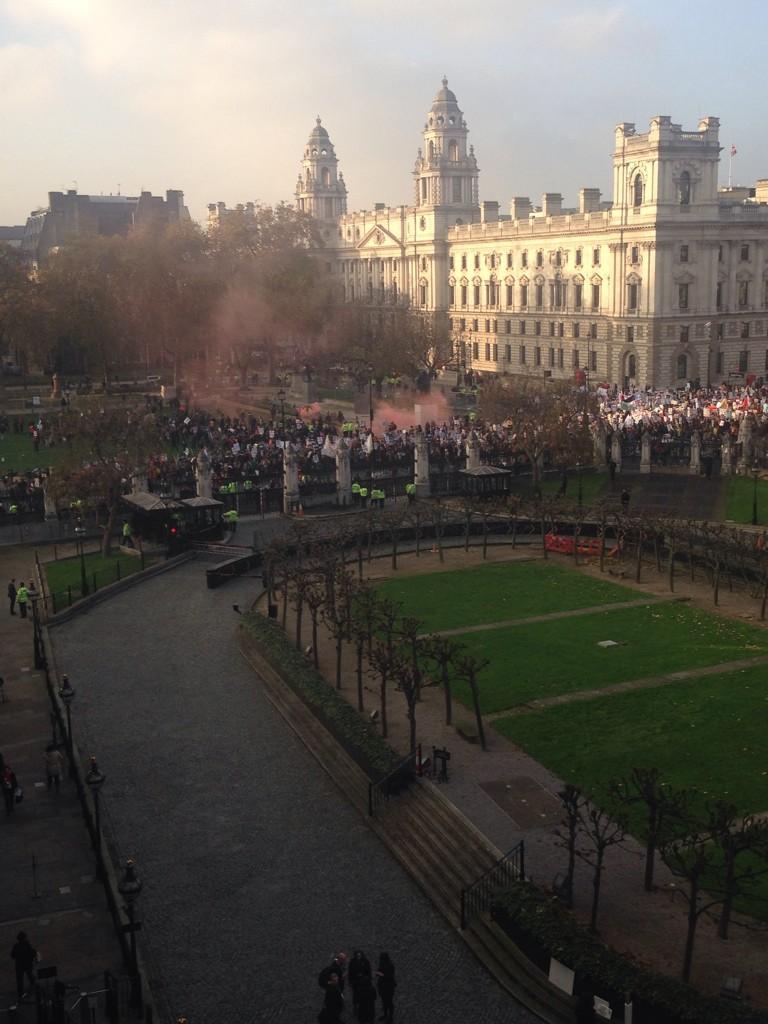 Лондон: студенты протестуют против дорогого образования