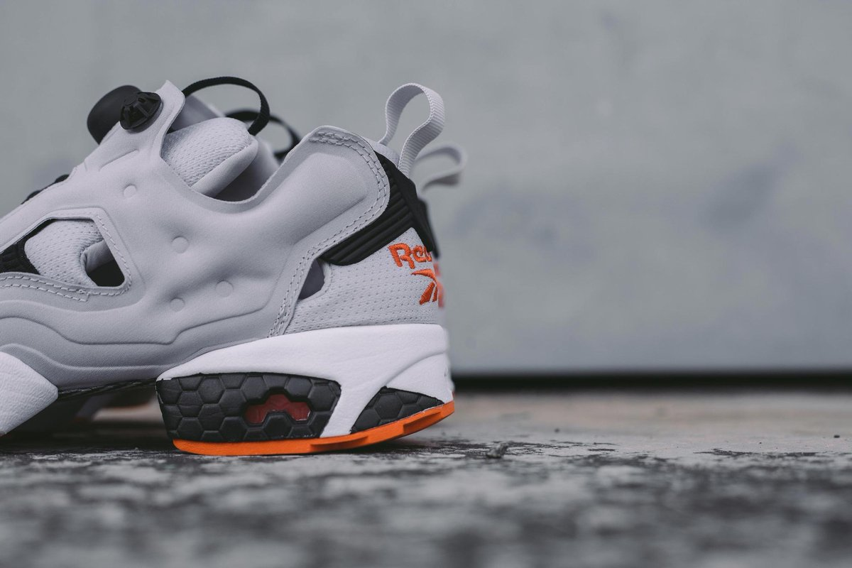 Reebok Insta Pump Fury OG  Steel Black Swag Orange  available tomorrow  12pm.  crossover  reebok pic.twitter.com FYeakaTzWo ef668807bac