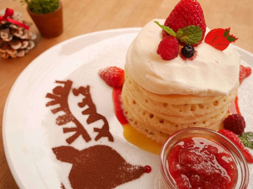 三軒茶屋VoiVoi、一年を締めくくるのはやはりこれですよね! 「ジャージークリームと苺のクリスマスパンケーキ」 3日よりスタートです! HP→http://t.co/PGwNJ3zv89 http://t.co/iImRUxfBVF