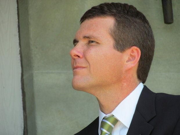 Tuscaloosa mayor Walt Maddox, a former #UAB football player: This is a 'very poor decision'  http://t.co/3zRaE87Uka http://t.co/yybCL029Wa