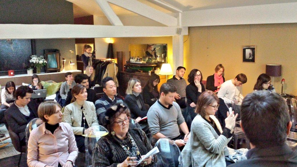 Journalistes, blogueurs et influenceurs ont répondu présent ! #webtostoremappy http://t.co/i3L9psgU16