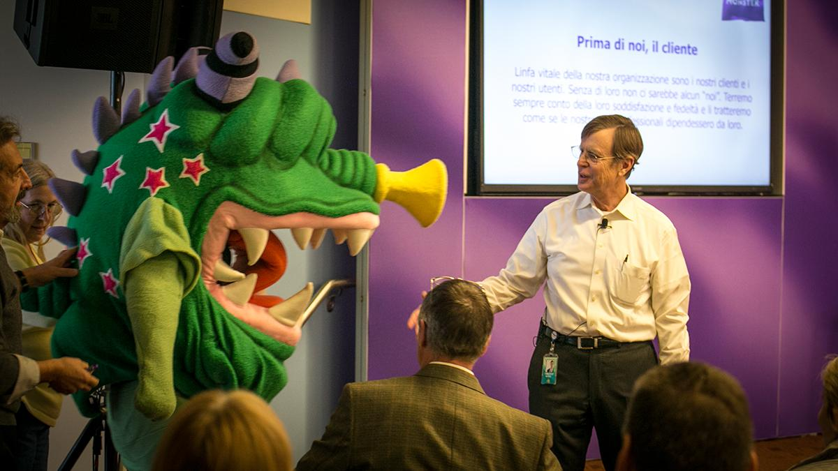 New @Monster CEO Tim Yates leads his first all-company meeting — with a little help from a good friend. http://t.co/ZvPL4sdk6W