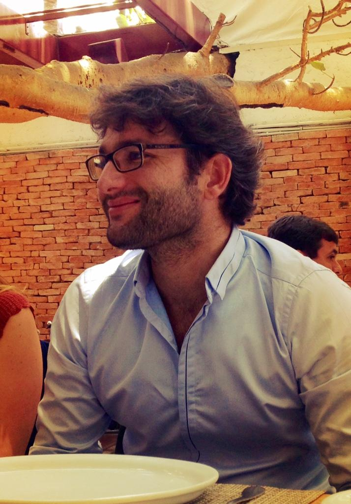 Lunch w/Emmanuel Guinet. Franco-Brazilian cofounder of @Infracommerce. One stop shop for #ecommerce clients #50PLatam http://t.co/B4NgA0HEKc