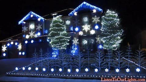 Texas Family Has A #Frozen Themed Light Show In Their Front Yard. WATCH: