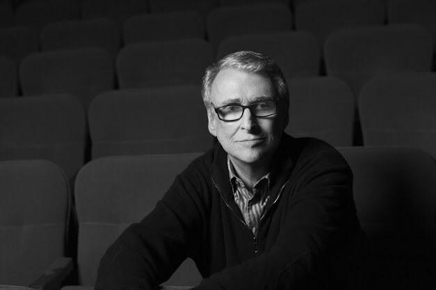 #MikeNichols Directed my favorite movie of all time, #TheGraduate.  My love to you @DianeSawyer & Family.  RIP http://t.co/6XyvMbOCXz