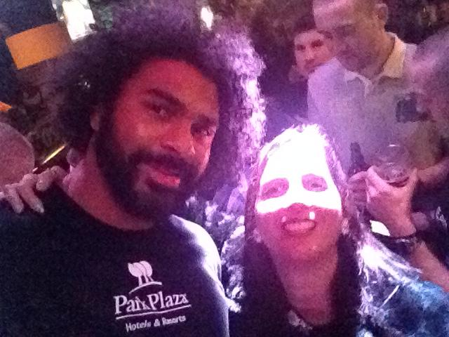 RT @NicolaWintrip: So there I am having a dance in @Cosyjoes and I bump into @mrdavidhaye... #random but Geordie love @stevewraith x http:/…