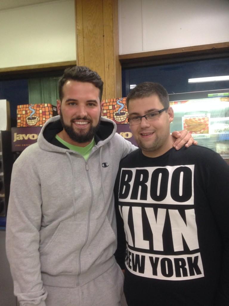 RT @Tbone424: I come all the way from Essex to see my family in Florida and look who I met in a gas station in Miami @RickyRayment http://t…
