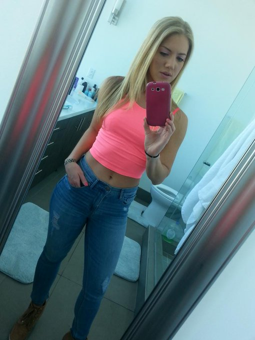 I miss these jeans, do you still have them @ChrisStrokesxxx ?  #fbf http://t.co/bVTnQ1FPU6