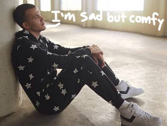#RobKardashian REALLY wants to sell you this star-print onesie! http://t.co/OfKUsmrghx http://t.co/rUa012u8bm