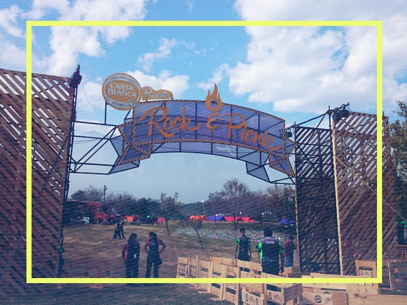 Llegó el día esperado... ¡A disfrutar de #RockAndPicnic! Sí hay boletos disponibles en taquilla de Woodstock Plaza http://t.co/z0PcPrqfF0
