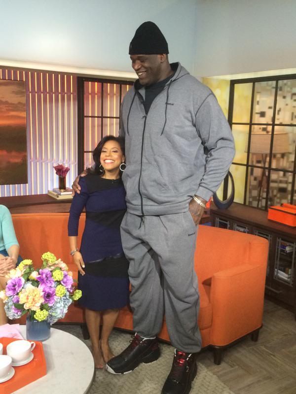¿Cuánto mide Sheinelle Jones? - Altura - Real height B3DE6abCUAIp87C