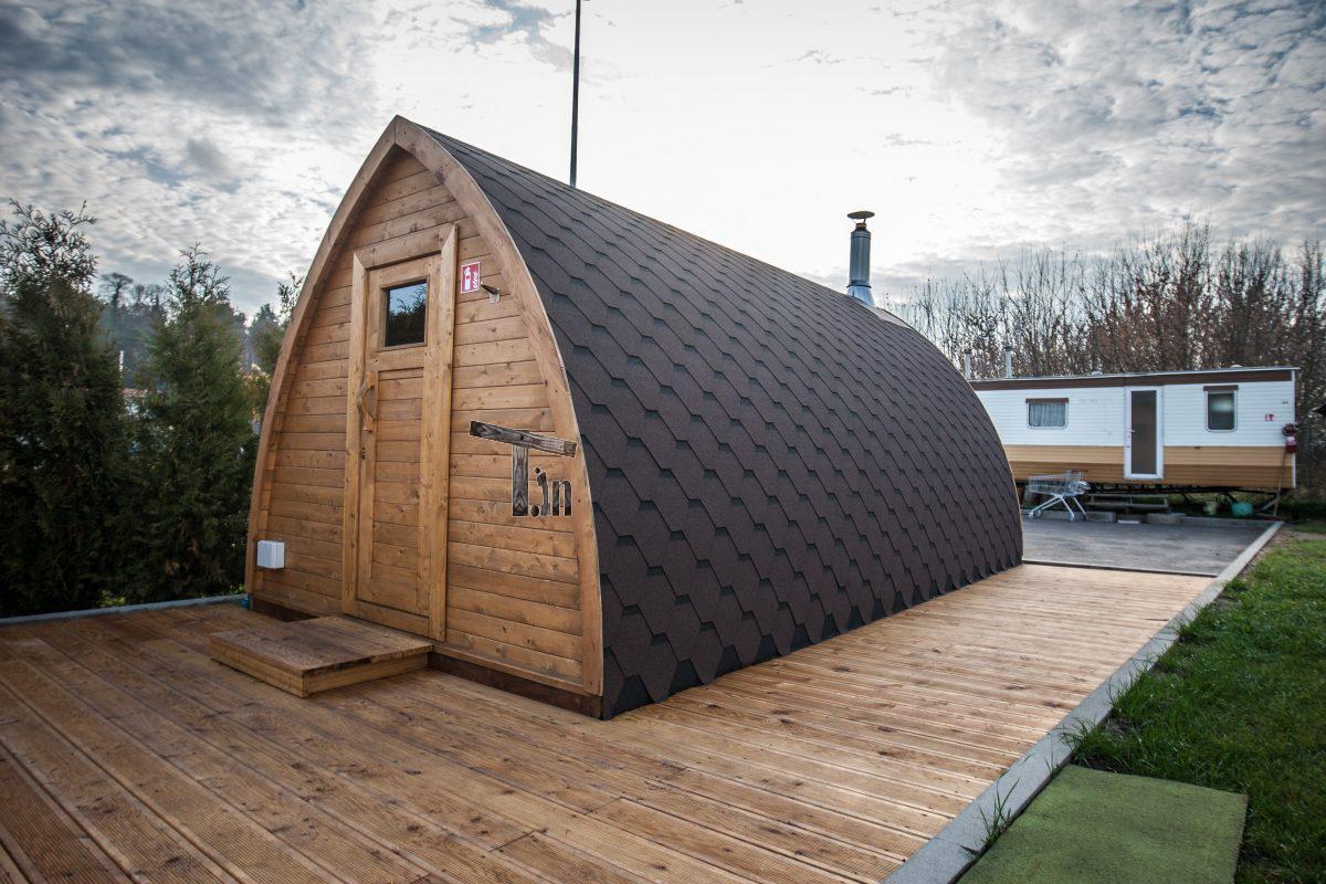 saunafass mit holzofen kaufen gallery of kundenbild. Black Bedroom Furniture Sets. Home Design Ideas