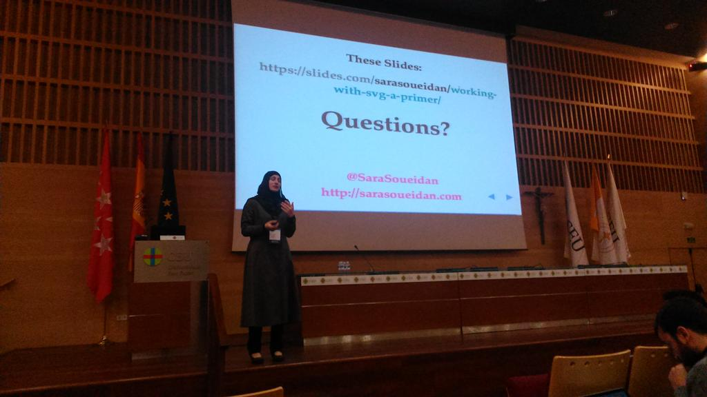 @SaraSoueidan Tks for the great introduction to svg  from @ArsPixelica & me. #codemotion_es http://t.co/W11QmkKB0K
