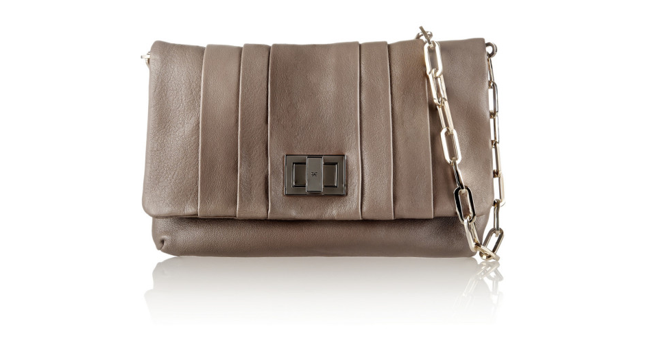 The top 5 designer handbags on sale right now: http://t.co/GHRTR5wKAq http://t.co/WxoY9JPglV