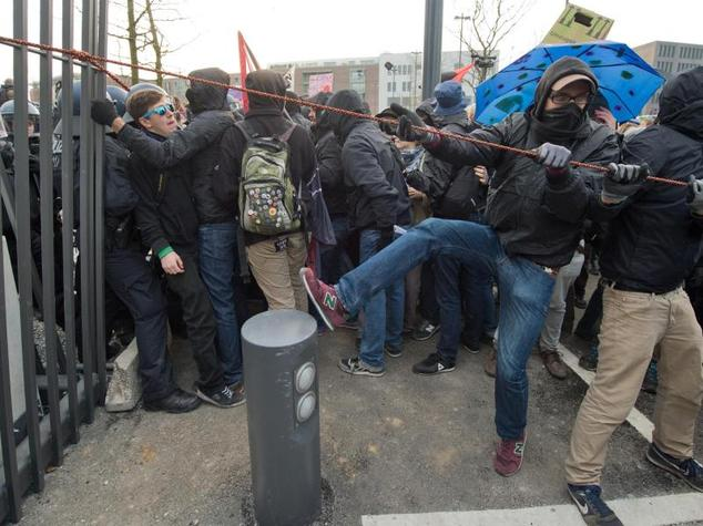 Police pepper sprays protest in Germany as activists storm new EU central bank HQ
