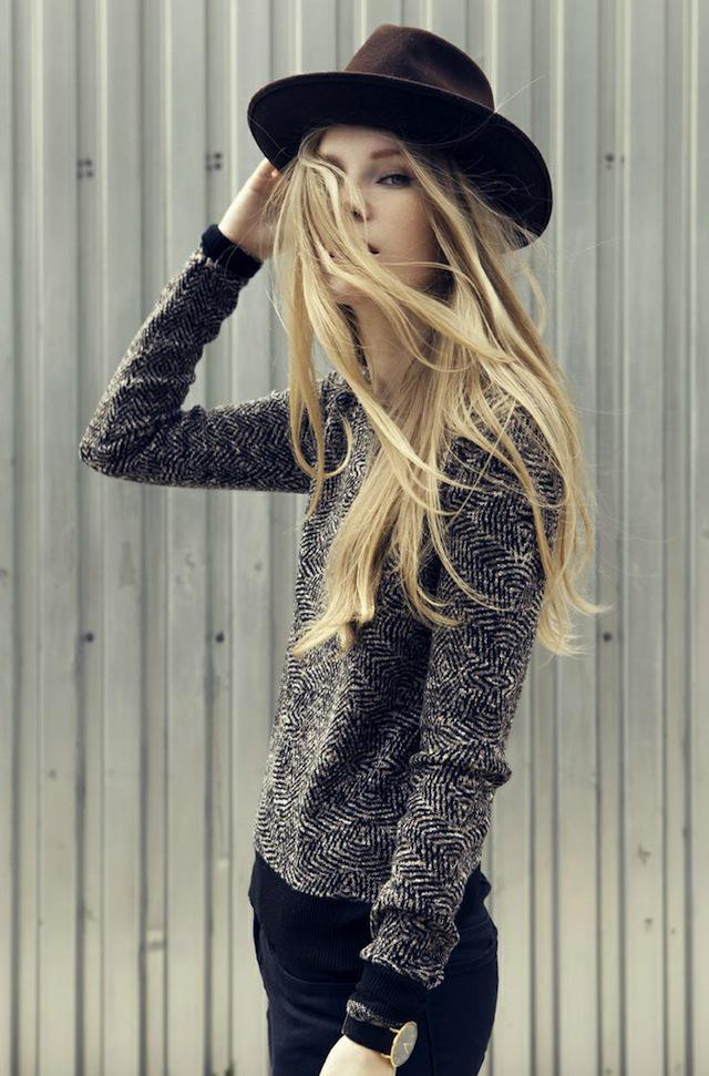 10 ideas for styling a hat: http://t.co/28k0UbgaH1 #fallstyle http://t.co/BRgfXgBpzg