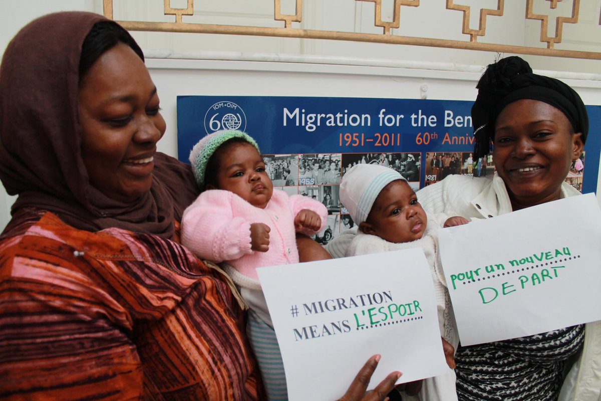 3 generations of women look for a better future: #migrationmeans hope for a new beginning. @IOM_news http://t.co/8jX2aXA2cx