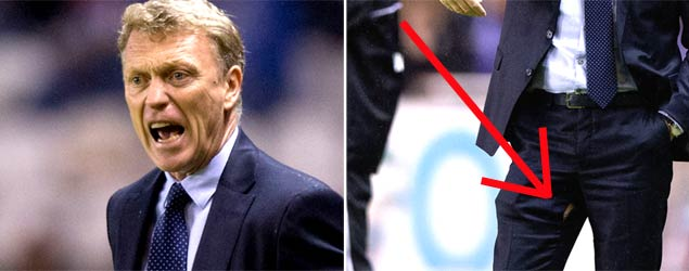 B3HprqGIQAMin2x David Moyes split his trousers during his 1st game at Real Sociedad [Pictures]