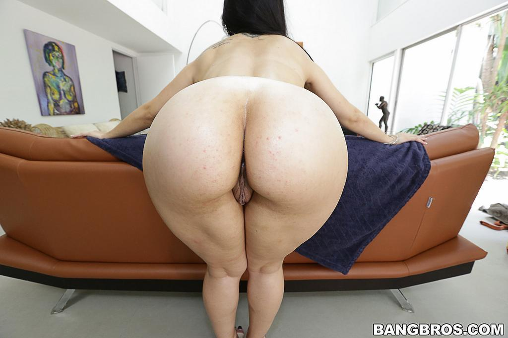 Girls With Big Ass Pussy