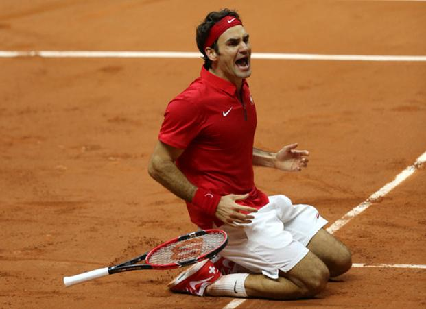 Roger Federer clinches first #DavisCup for Switzerland with 6-4, 6-2, 6-2 win over Gasquet: http://t.co/wWIfyHMFAb http://t.co/4nPqlMPeHX