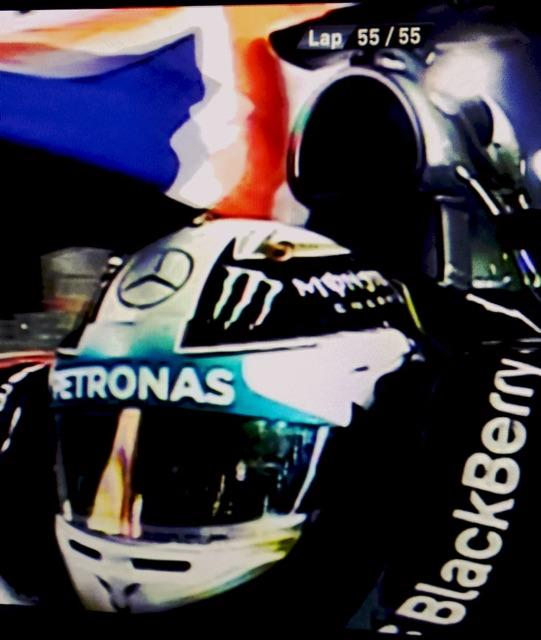 F1 Champ 2014 😎 - UK stand up... http://t.co/CR7sf8sbTF