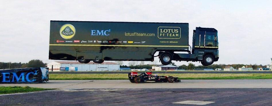 RT @CIPhilVickers: Truck jumps @Lotus_F1Team car  🇬🇧  https://t.co/eJE06B6yoh http://t.co/6ie8SNbHG7