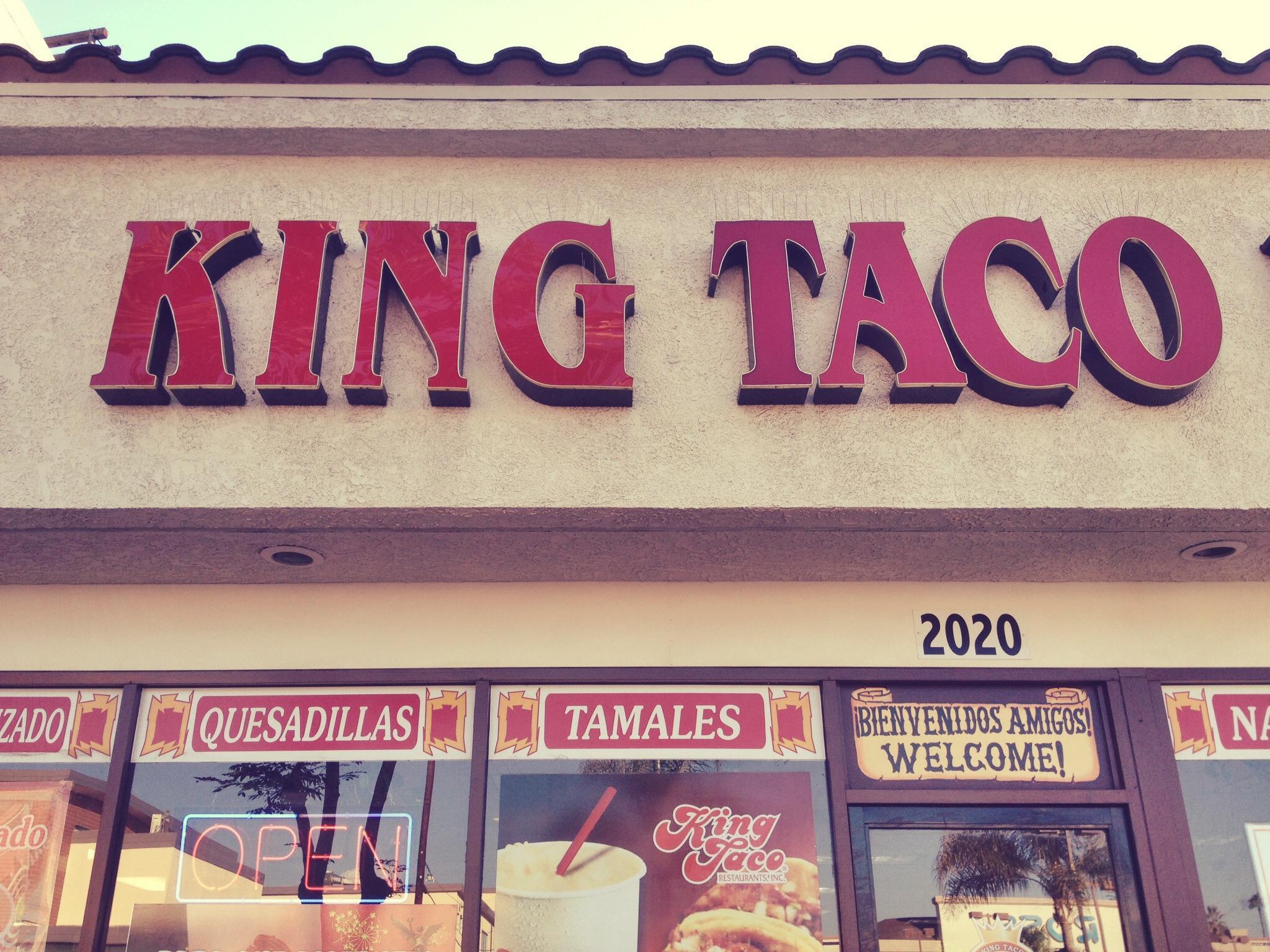 kings #KingTaco #LALOVE #AMAs http://t.co/rxzKoR4WKp