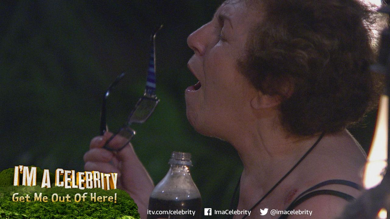 Fancy creating your own #EdwinaMoment? @robbeckettcomic & the gang want to see them: http://t.co/8gmJCWLh0m #ImACeleb http://t.co/soCDuyiTV4