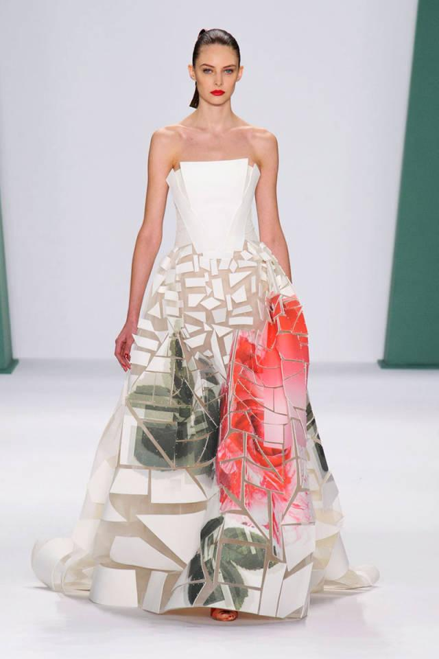 24 unexpected—yet gorgeous—wedding gowns from the Spring 2015 runways: http://t.co/sIRbwlEGnK http://t.co/2H3gqic0GY