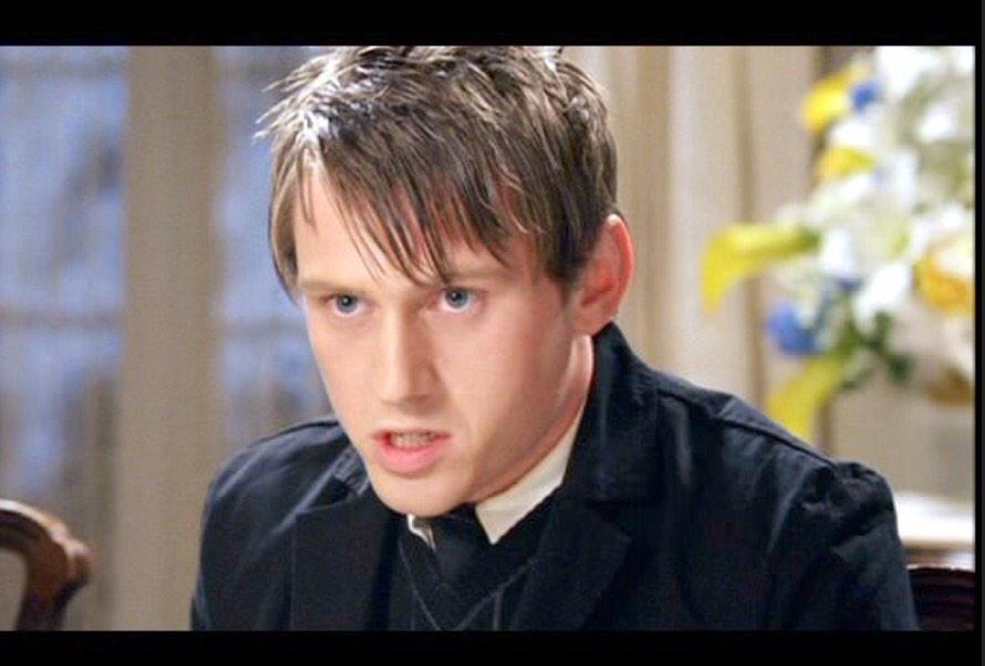 Mike Bausch On Twitter Just Realized Gotham Penguin Is Really The Little Brother From Wedding Crashers Http T Co Mwl21cwdah