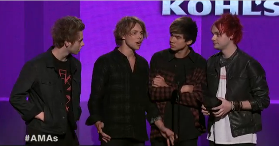 This award also goes out to #5SOSFAM for all your hard work! BIG CONGRATS @5SOS for being named @Kohls #NAOTY! #AMAs http://t.co/Iyq9ZpGtTA