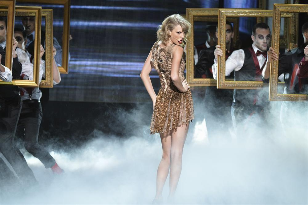 The best and worst moments of the #AMAs (Hint: Many include @taylorswift13...) http://t.co/qEJsjfJy6Z http://t.co/itJE8QQkwG