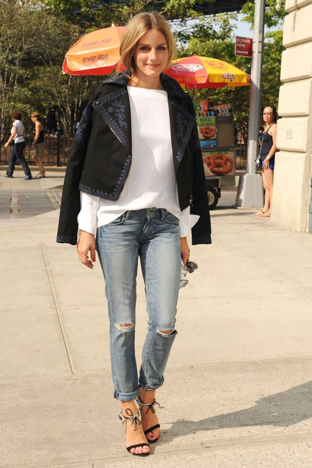 24 chic ways to style off-duty denim: http://t.co/N5WUTtbo7B http://t.co/7fOYJdmY0P