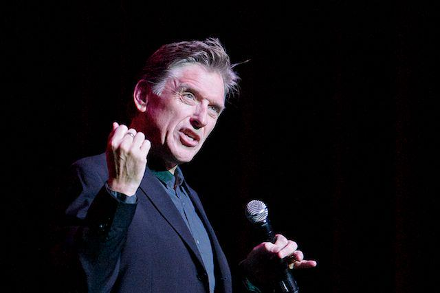 MT @WellmontTheater Posted pics of Craig Ferguson @joshrthompson, by George Wirt! http://t.co/3CQAaWLcOK https://t.co/TXGUn7lNx2 #CraigyFerg